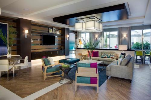 Suitelivingplus - Orlando - Orlando, FL 32819