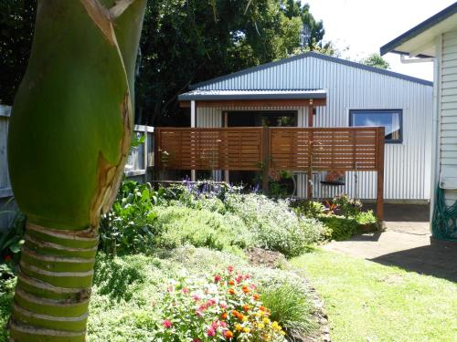 Bungalow on Bell Common - Apartment - Tauranga
