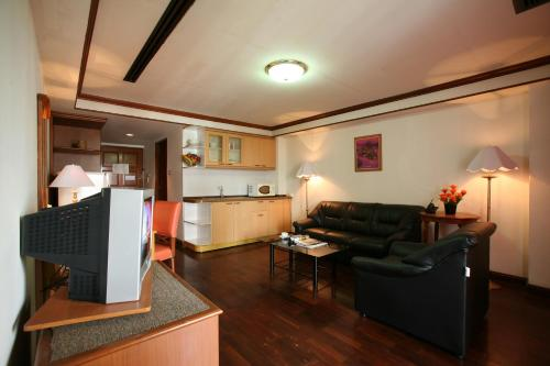 Interchange Tower Serviced Apartment photo 5
