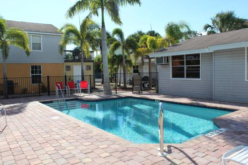 @ The Beach Driftwood - Fort Myers Beach, FL 33931