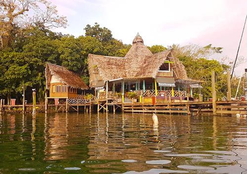 . Tortugal Boutique River Lodge