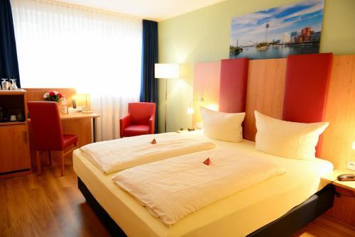 TIPTOP Hotel National Düsseldorf (Superior) photo 34