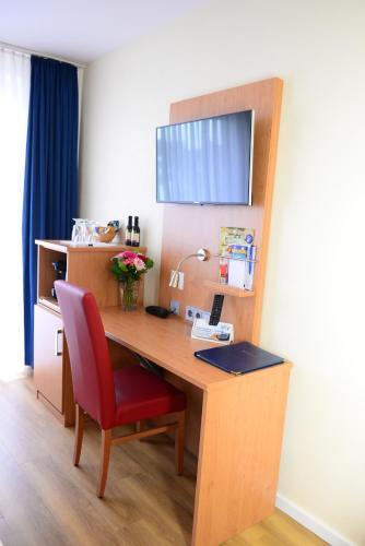 TIPTOP Hotel National Düsseldorf (Superior) photo 35