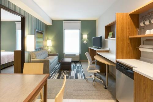 Home2 Suites By Hilton Downingtown Exton Route 30 - Downingtown, PA 19335