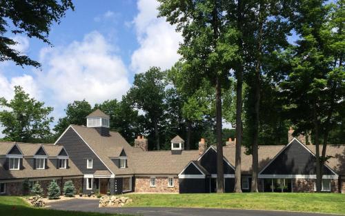 The Morris Estate - Accommodation - Niles