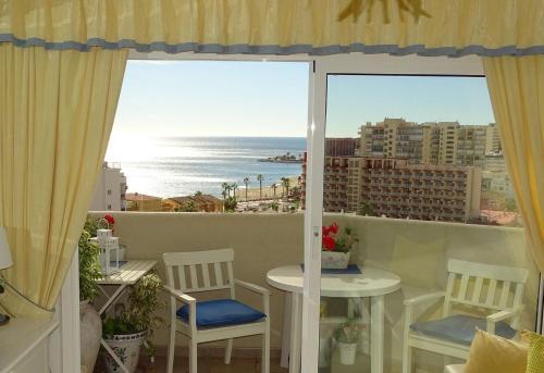 Beautiful apartment with sea views, Benal Beach, Benalmadena