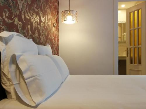 Double or Twin Room Hotel El Xalet 11