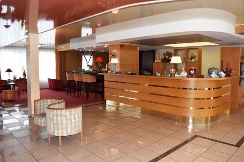 __{offers.Best_flights}__ Hotel Le Pole Europeen