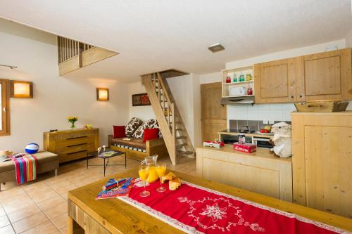 Résidence Goélia Les Chalets de Wengen - Apartment - Montchavin-Les Coches