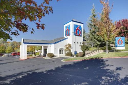 Motel 6-Auburn CA