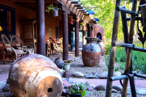 Adobe and Pines Inn Bed and Breakfast - Accommodation - Taos