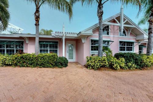 Palm Isle Village 3203