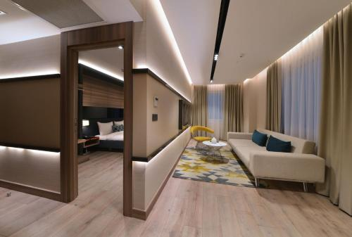 Istanbul Nish Palace Exlusive Suites adres