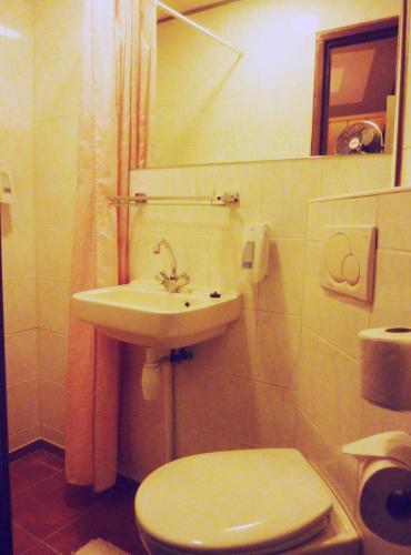Nadia Hotel photo 5