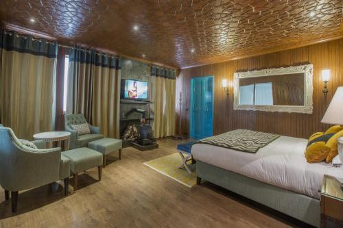 Hotel Highlands Park, Baramulla