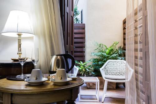 Habitación Premium con patio Hotel Casa 1800 Sevilla 11