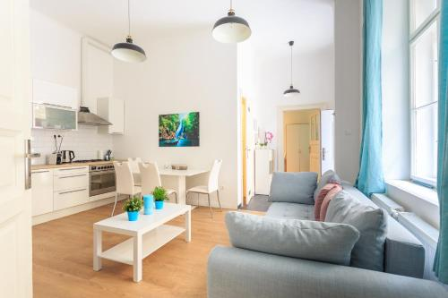 New - Super Nice Super Central, Pension in Budapest