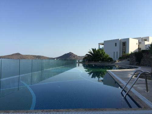 Yalıkavak Duplex with private beach in Bodrum indirim kuponu