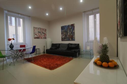 . Casa Cavallotti - modern apartment between Train station and Port