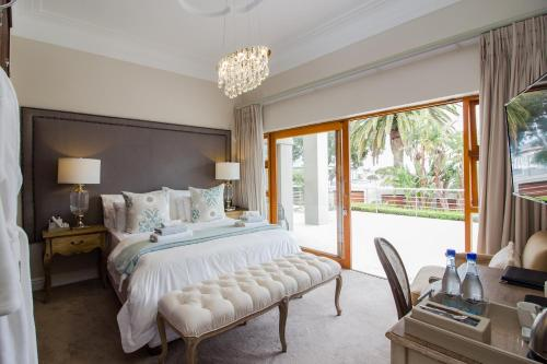 Family Two-Bedroom Suite with View of Nelson Mandela Bay