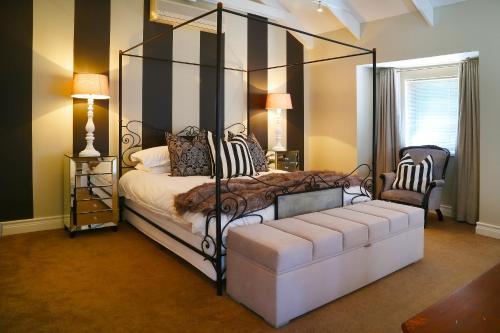 Hotel Claude Thesen Apartments