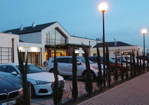 . M Club Hotel | Lubie Resort