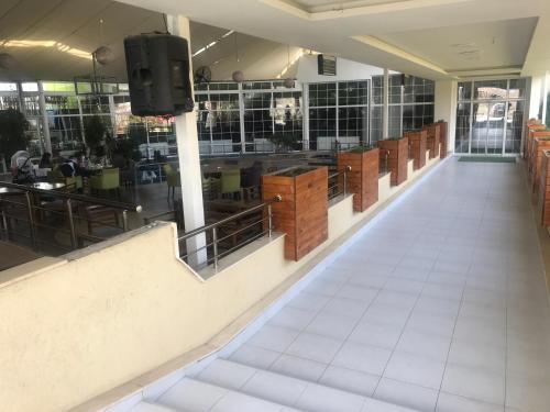 Hotel & Restaurant Ale-Dar