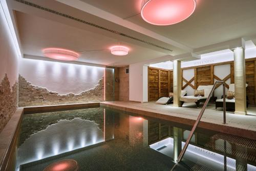 . Hotel Garnì Savoy