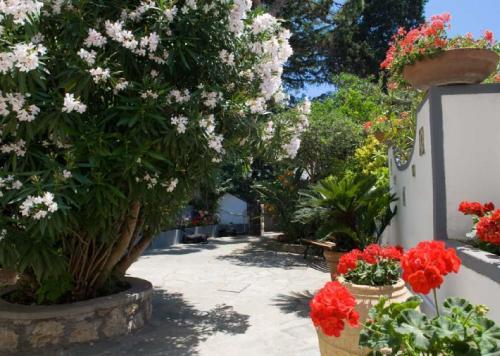 Villa Le Terrazze Di Capri In Italy Room Deals Photos