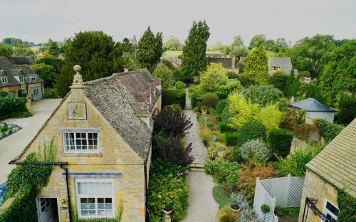 The Square, Chipping Campden, GL55 6AN, Cotswolds, Gloucestershire, England.