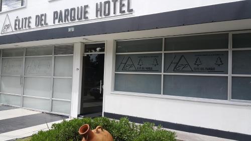 HotelHotel Elite Del Parque