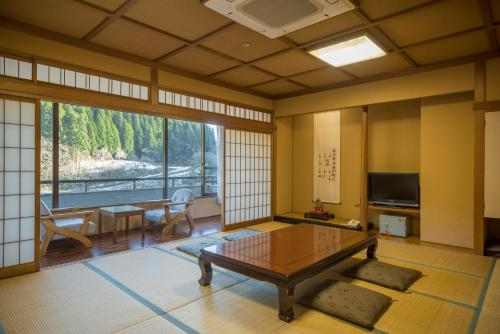 Japanese Style Room with Private Bathroom -Smoking