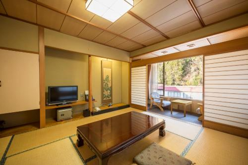Japanese Style Room with Private Bathroom - Non-Smoking