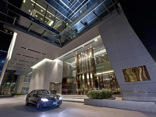 The Okura Prestige Bangkok photo 8