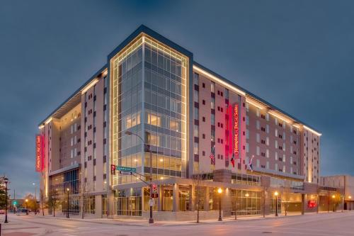 . Hampton Inn & Suites Fort Worth Downtown