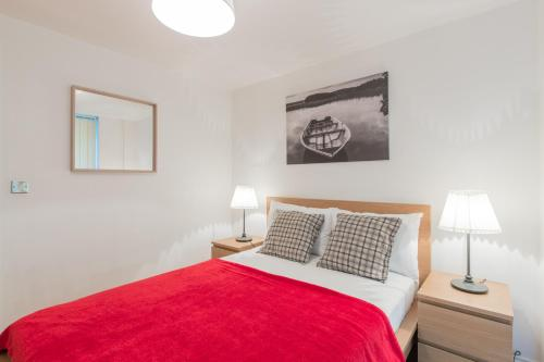 London Eye Apartments picture 1 of 23