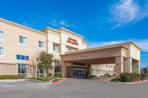 Hampton Inn and Suites Merced in Merced