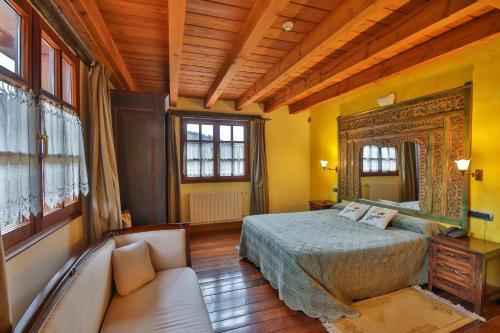 Junior Suite Hôtel & Spa Etxegana, The Originals Relais (Relais du Silence) 4