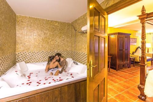 Royal Suite Hôtel & Spa Etxegana, The Originals Relais (Relais du Silence) 1