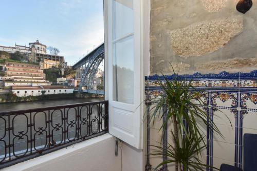 Guindais Oporto House, Porto