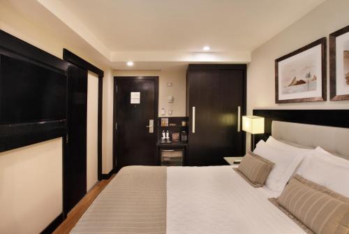 Miramar Hotel by Windsor - 1 of 44