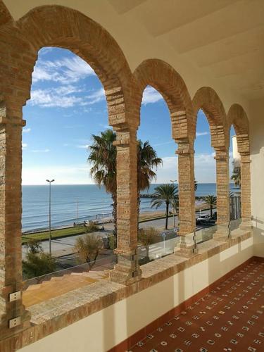 Habitación Central con vistas al mar Hotel Casa Vilella 4* Sup 10