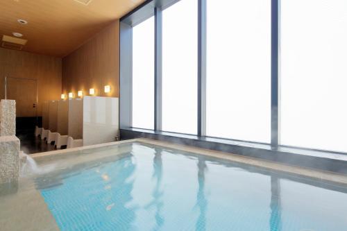 Candeo Hotels Tokyo Shimbashi photo 36
