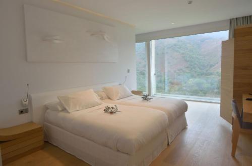 Habitación Doble Básica - 1 o 2 camas Arantza Hotela- Adults Only 5