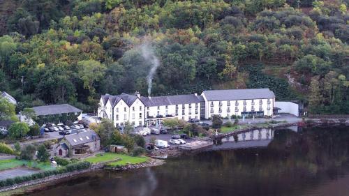 . Leenane Hotel