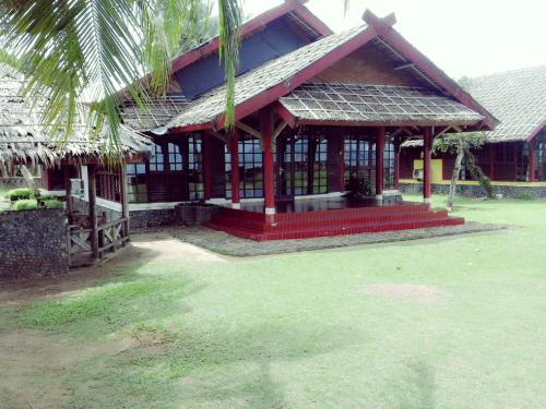 Mutiara Carita Villa, Pandeglang
