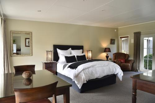 Bradleys Garden Bed and Breakfast - Accommodation - Taumarunui