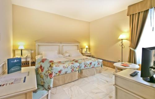 Habitación Doble Estándar - 2 camas  Alcázar de la Reina 3