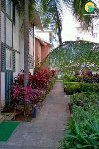 Apartment with a pool in Arpora, Goa, by GuestHouser 47094