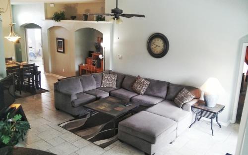 Windsor Pool Home - Kissimmee, FL 34747